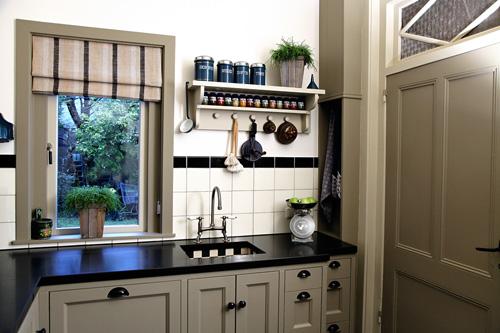 Pieter Dros Houtbewerking - Houten keukens en meubelen op maat - Keukens