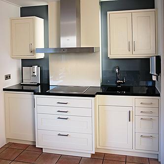 moderne keuken klein formaat houten keuken tulpenhout klassieke keuken ...